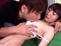 小田切ジュン 優しい年上のエロメンお兄さんの手マンに潮吹きさせれれちゃうスレンダーなパイパン美少女のエッチ FC2女性のための無料 H 動画