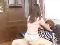 ゆうき お姉ちゃんの目を盗んでお姉ちゃんの旦那を誘惑して寝取っちゃう小悪魔な妹の禁断セックス 河南実里 erovideo女性のための無料H動画
