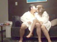 夜景が綺麗な高層ホテルでスーツの彼と愛し合うOL彼女の幸せなデート終わりのラブラブエッチ JavyNow女性向け無料AV動画