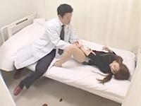 治験のバイトに来た素人お姉さんに媚薬を飲ませ敏感になった身体にイタズラしちゃう男性医の中出しセックス 裏アゲサゲ女性向け無料AV動画