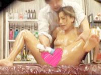 無料エステと聞いてマッサージを受けに来たギャルに媚薬入りのオイルを塗りたくり強引に中出しエッチさせちゃうイケナイ男性セラピスト AIKA Pornhub女性向け無料AV動画
