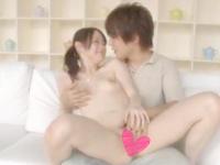 鈴木一徹 パソコンを見てるスタイル抜群な可愛い彼女にちょっかいを出して優しく抱きしめちゃう爽やかイケメン彼氏のラブラブエッチ S-cute JavyNow女の子のための無料アダルト動画