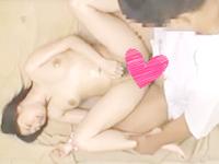 マッサージ初体験のロリカワ美少女が男性セラピストから卑猥な手つきで身体を弄ばれて中出しエッチされちゃう erovideo女性のための無料H動画