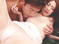 阿川陽志 EX〇IL系のワイルドお兄さんと情熱的に快楽を求めちゃうセクシー美女の濃厚セックス 裏アゲサゲ女の子のための無料アダルト動画