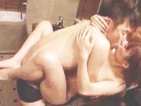イタリアン高橋 ちょいワル系なオジサマと高級ホテルのバスルームで濃厚なキスを交わしながら求め合うモデル系セクシーお姉さんの官能セックス erovideo女の子のための無料アダルト動画