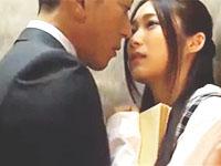 黒田悠斗 同僚の男性とエレベーターでキスを交わしガマン出来ずにオフィスで求め合っちゃう美人OLの大胆エッチ 裏アゲサゲ女の子のための無料アダルト動画